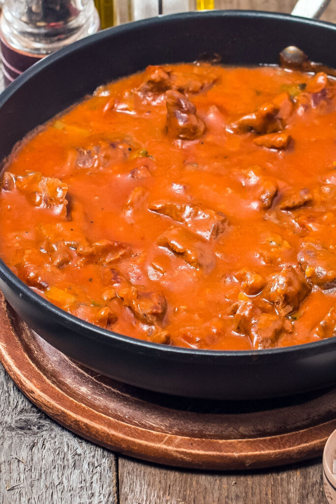 Carne Con Tomate Meat in Tomato Sauce0