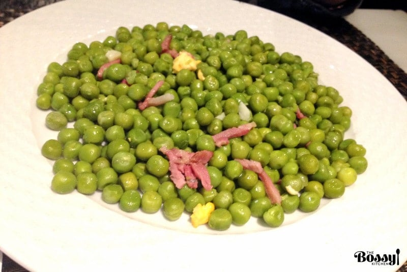 Easy Green Peas With Ham- Spanish recipe- is an easy dish that can be made in no time using fresh or frozen peas. For authenticity, use jamon Serrano.