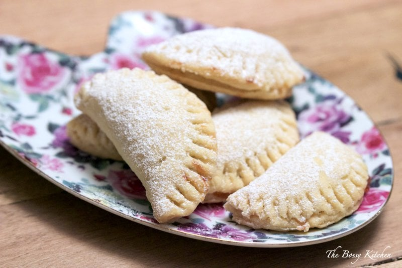 Mini Turnover Cookies With Jam1