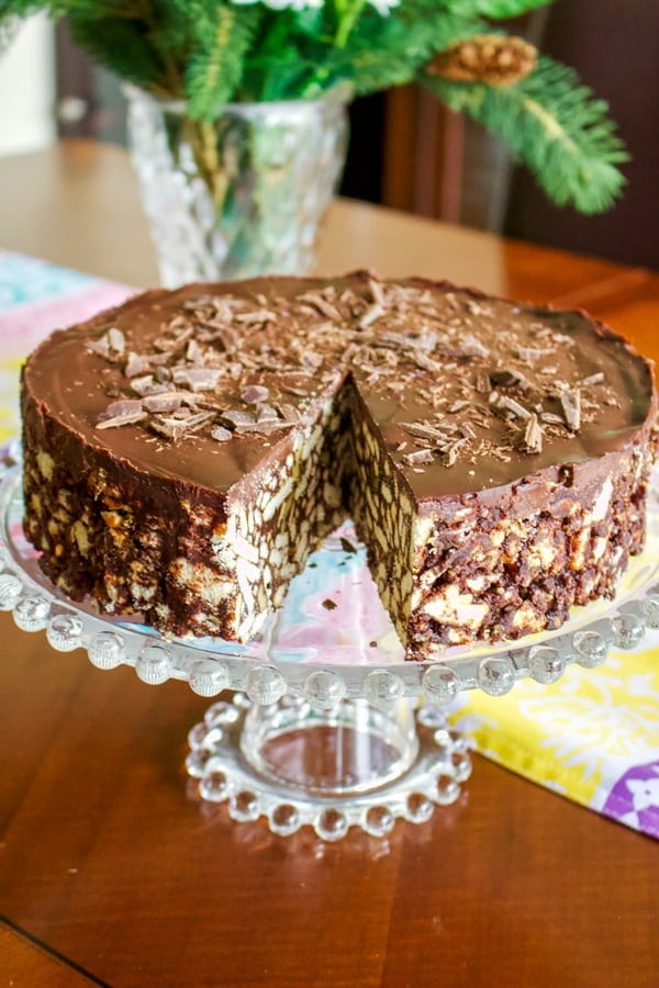 No Bake Chocolate Biscuit Cake1