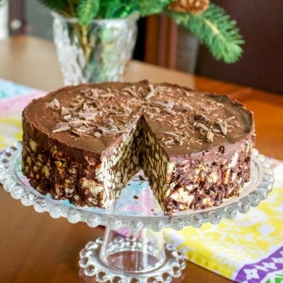 No Bake Chocolate Maria Cookie Cake