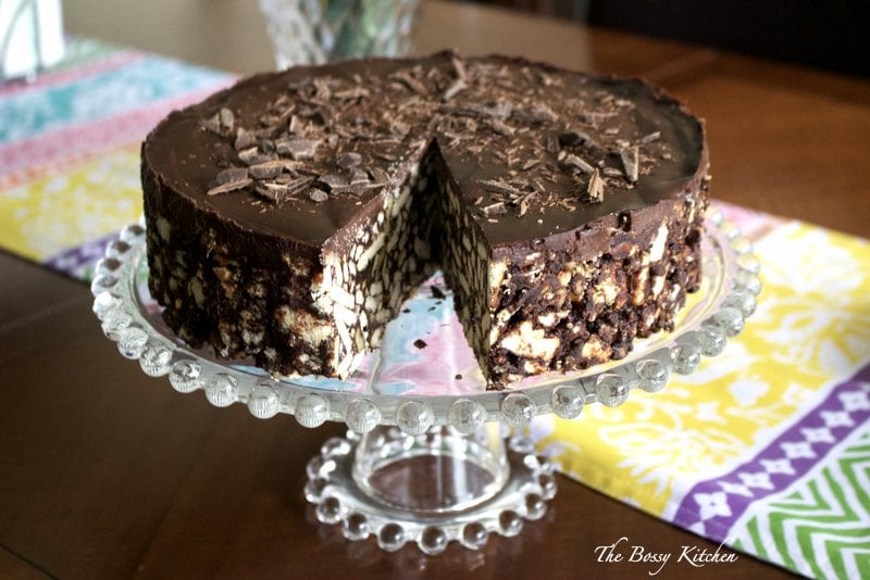 No bake chocolate biscuit cake3