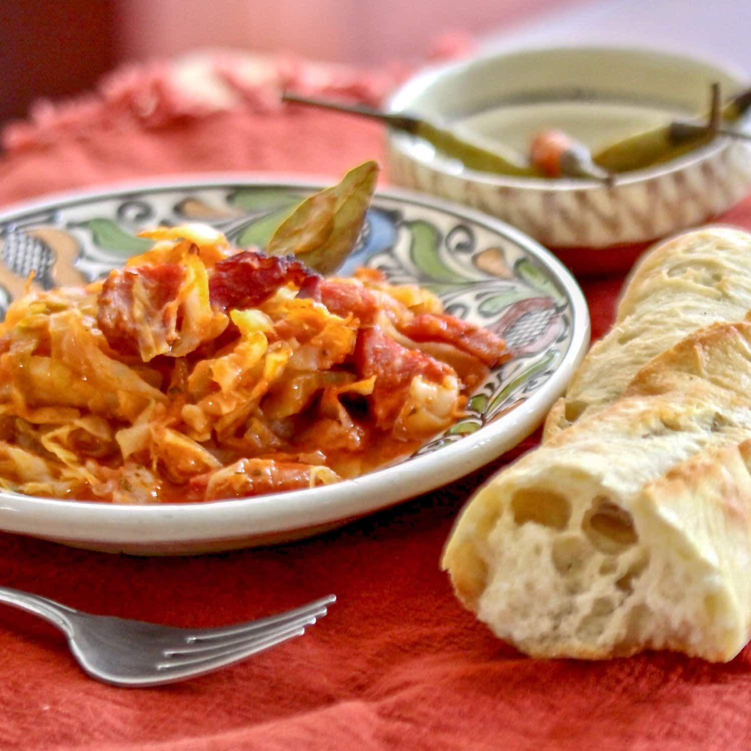 Sweet cabbage with pork- Romanian Recipe is a delicious dish you can make all year around. Easy to make, the combination of cabbage and pork, cooked initially on the stove and finished in the oven is definitely a winner. Also, it is quite economical.