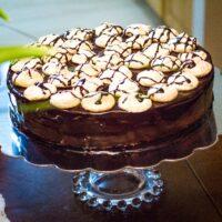 Walnut Meringue Cake With Dark Chocolate Mousse