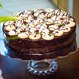 Walnut Meringue Cake With Dark Chocolate Mousse
