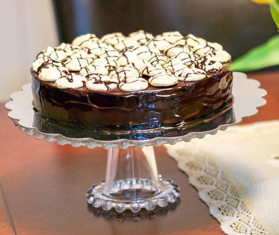 Walnut Meringue Cake With Dark Chocolate Mousse5