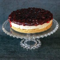 No Bake- Cheesecake with Berries