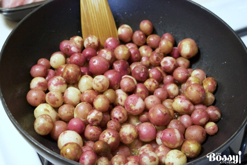 A beautiful side dish for your meals. Serve the new potatoes with dill and butter next to your favorite grilled meats and salads. This recipe is good all year round, but better when these new potatoes are in season. Versatile, economical and easy to make, this dish will feed and make your family happy.