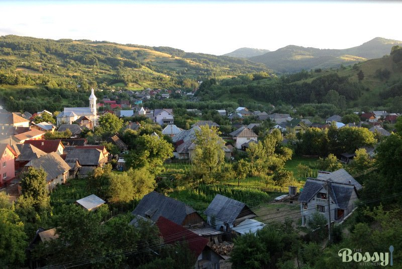 image of a Romanian village