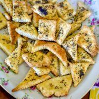 Easy Cheesy Crackers Recipe