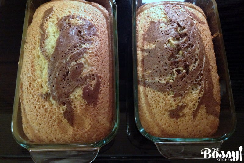 This easy marbled pound cake (known in Romania as Chec cu Cacao Marmorat) is one of the most popular sweet breads you will find in the Romanian cuisine.Moist, fluffy and delicious, this coffee cake is great as a snack with a cup of coffee or milk.