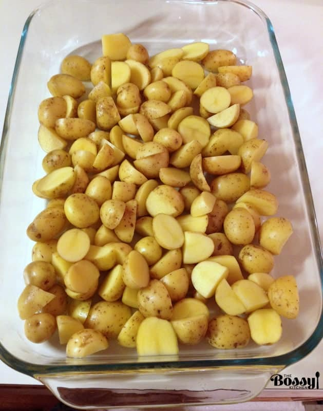 An easy simple roasted potatoes recipe, perfect for every time of the day. Also, this is a good alternative to the mashed potatoes during holidays.