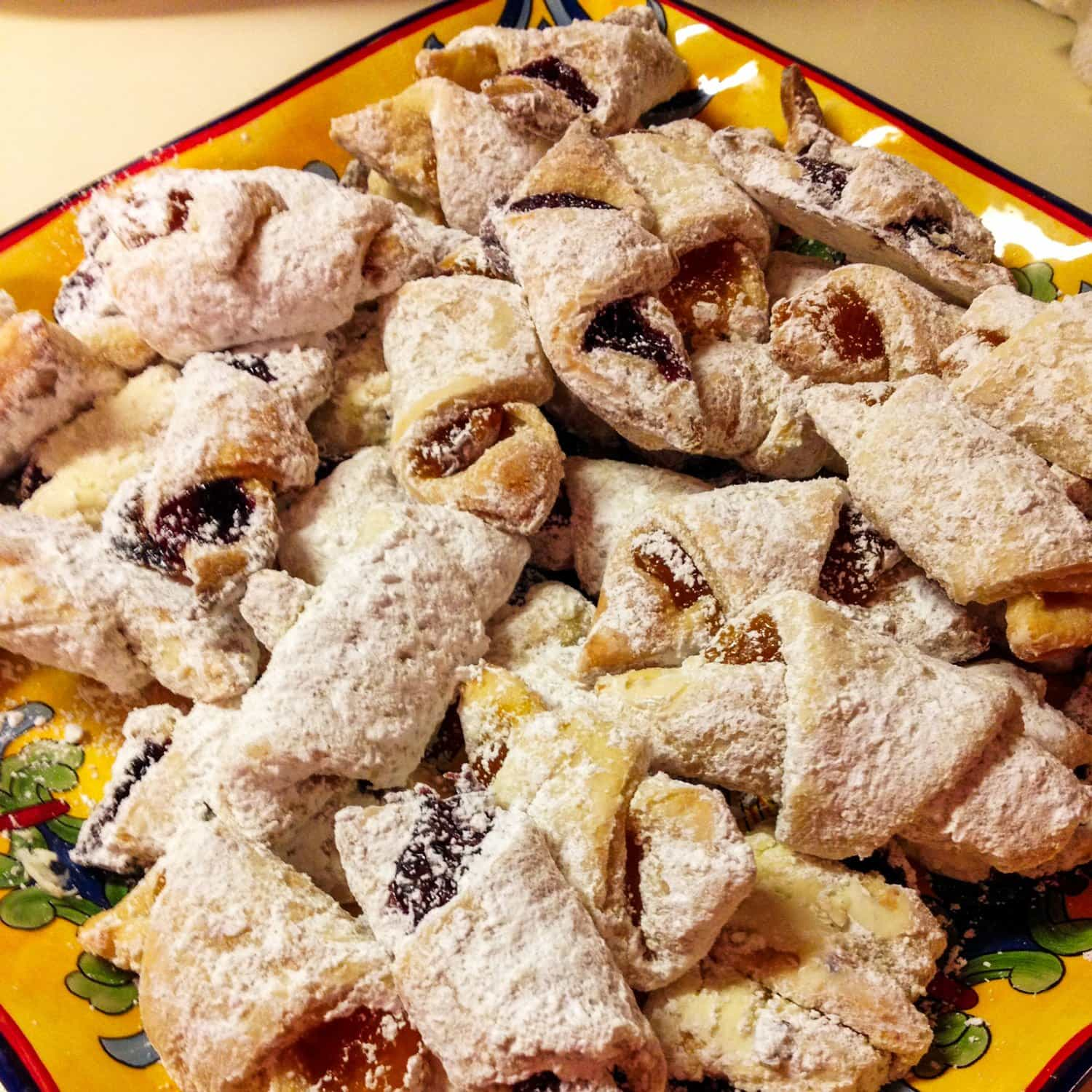 Jam And Walnuts Rugelach Cornulete Cu Gem