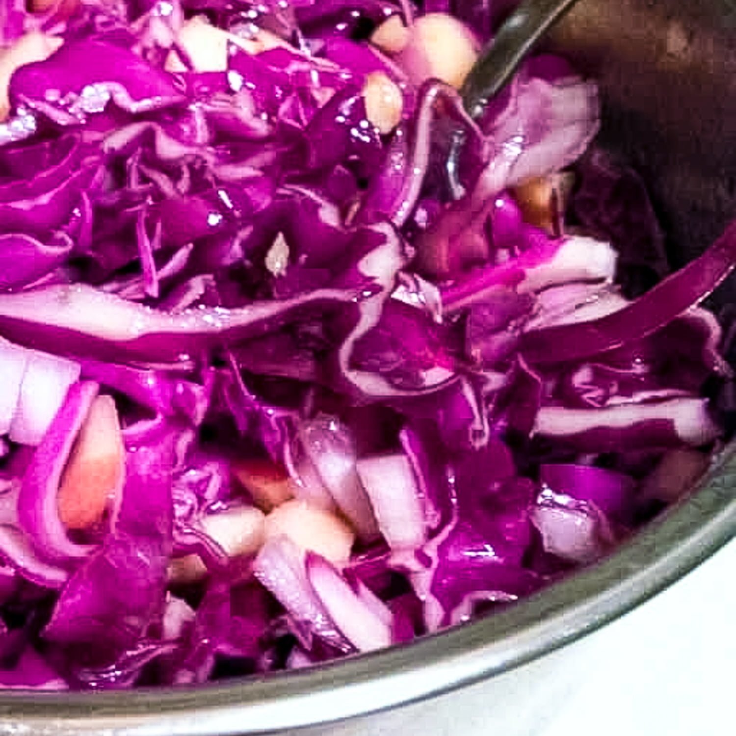 This Apple Walnuts And Raisins Red Cabbage Salad is an awesome winter salad. The crunchy texture of cabbage, apples and walnuts makes this salad a delicious option for dinner.
