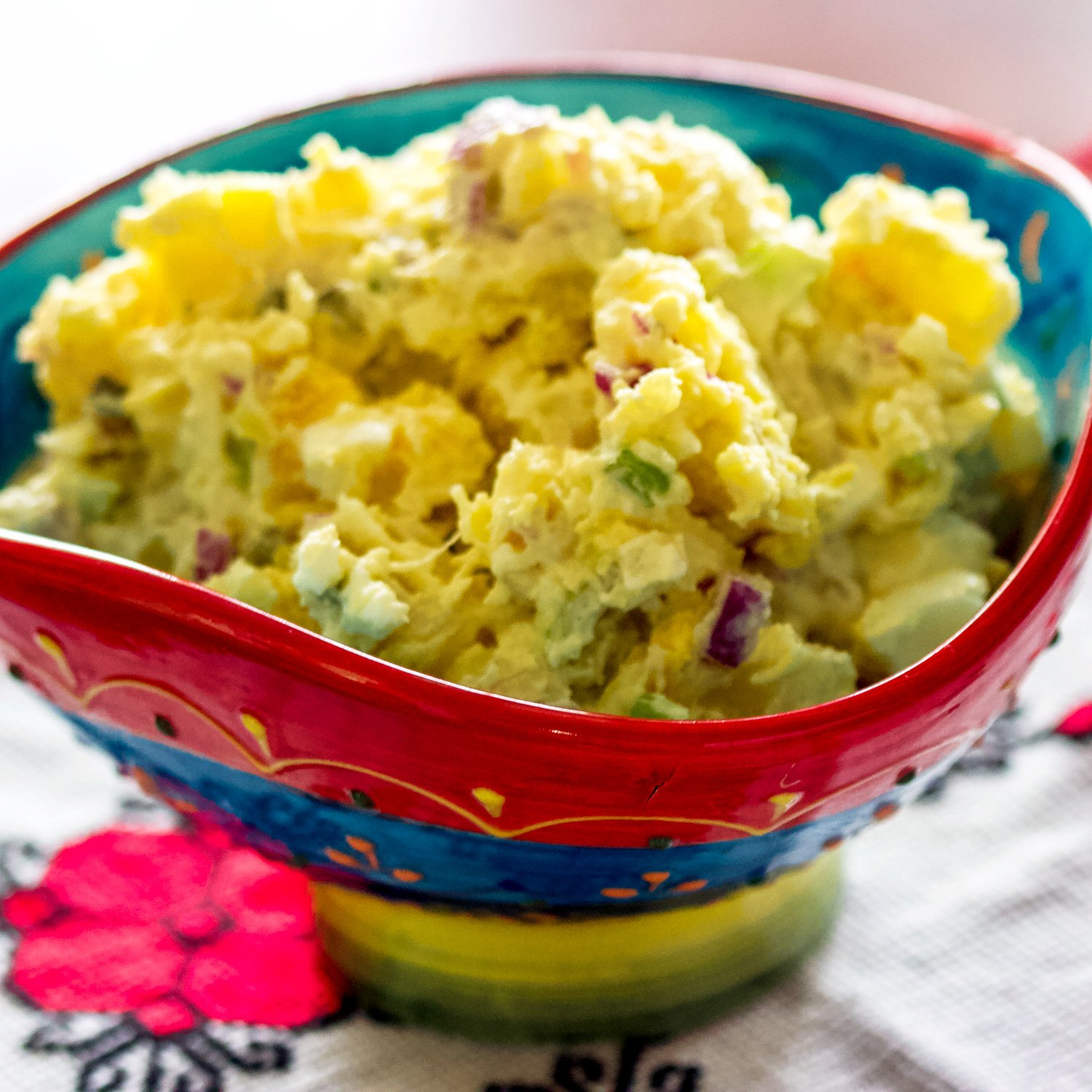 This is a classic, delicious easy American potato salad that can be made all year round. Make it with a day before and serve it chilled.