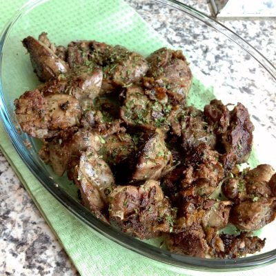 Chicken Livers With Caramelized Onions And Wine – Grandma Style