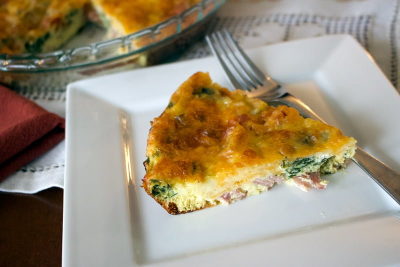 Crustless Spinach with Smoked Meat and Gouda Cheese Quiche