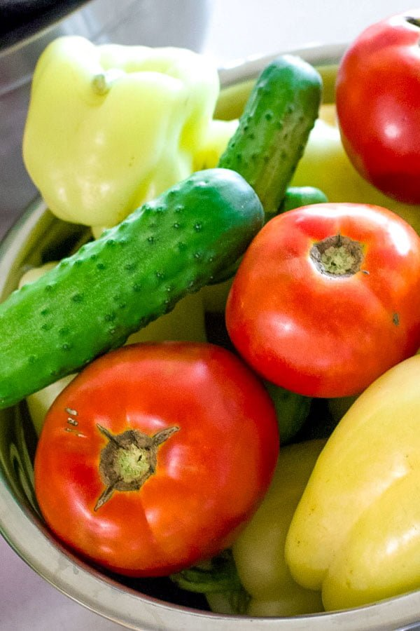 Quick Tomato Cucumber And Pepper Summer salad11