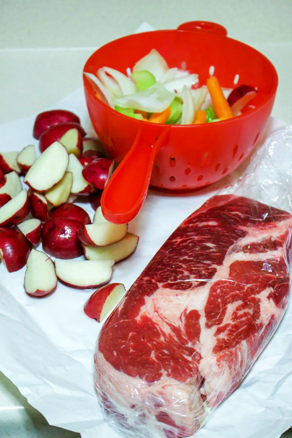 How To Make A Classic Chuck Roast with Vegetables0