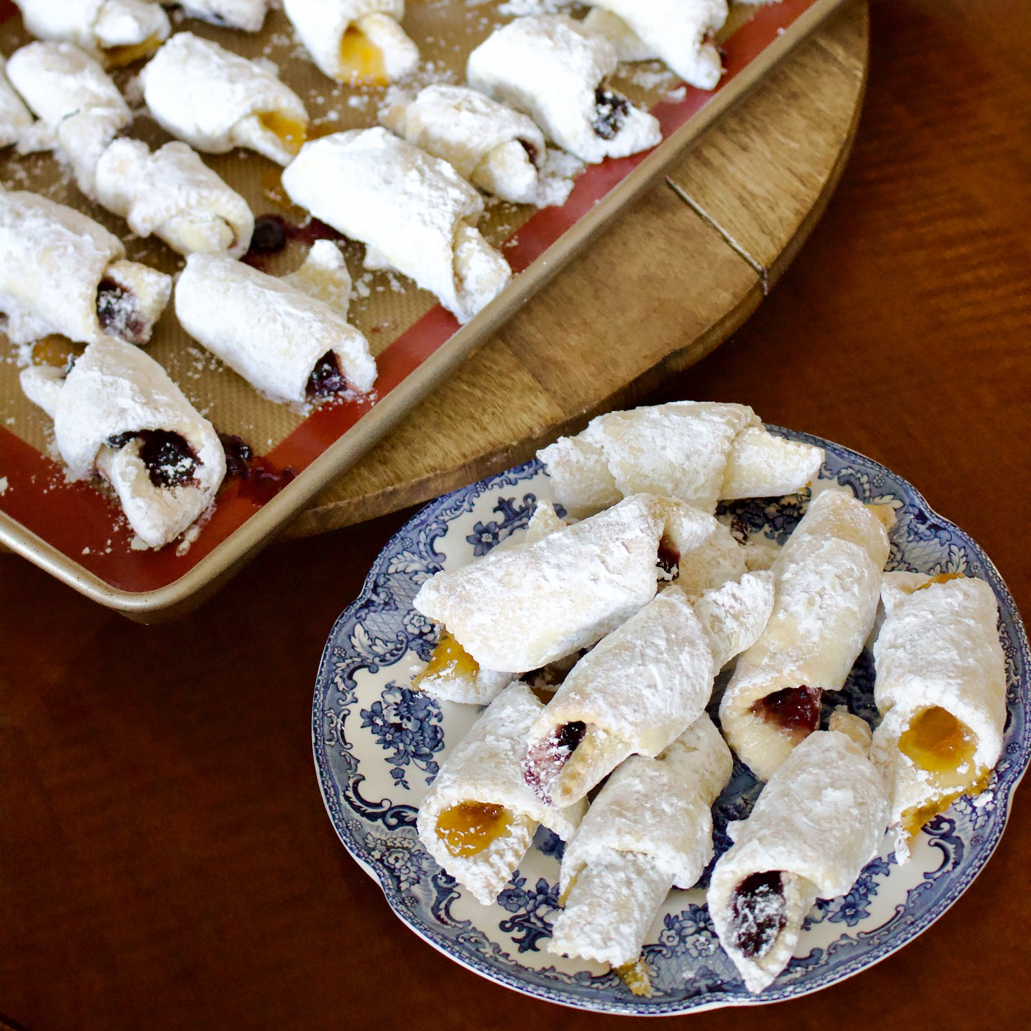 Jam Crescent Pastries(Cornulete cu gem)- is an old Eastern European popular recipe for crescent cookies filled with jam, walnuts or Turkish delight.
