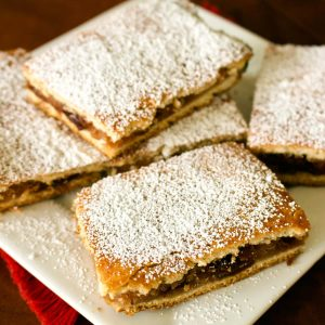 Apple Pie Bars- Romanian Slab Pie Recipe