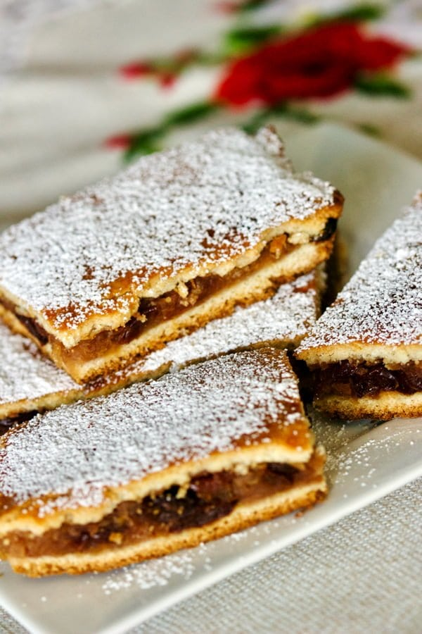 Apple Pie bars on a plate