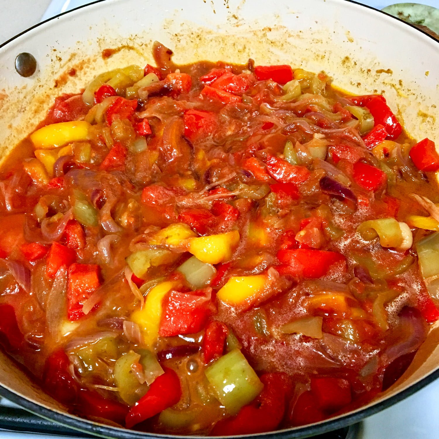 Lecso- Hungarian Pepper-Tomato Stew is a dish very similar to the Italian peperonata. The star of the recipe is the red sweet pepper. This dish is made with bell peppers, especially red sweet ones, onions, garlic and tomatoes. The sweet paprika is added to the sauce for a rich flavor.