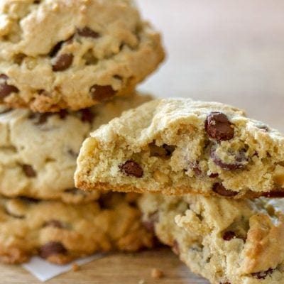 The Best Chocolate Chip And Walnuts Cookies