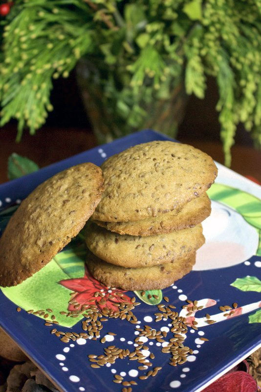 Beautiful Linseed Cinnamon Cookies- the linseeds(or the flaxseeds) give these soft cookies a nice texture, while the cinnamon brings a subtle flavor. #Lindseedcookies #flaxseedcookies #cookies