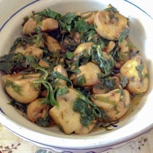 Champiñones Al Ajillo (Spanish Lemon Garlic Mushrooms Tapas)