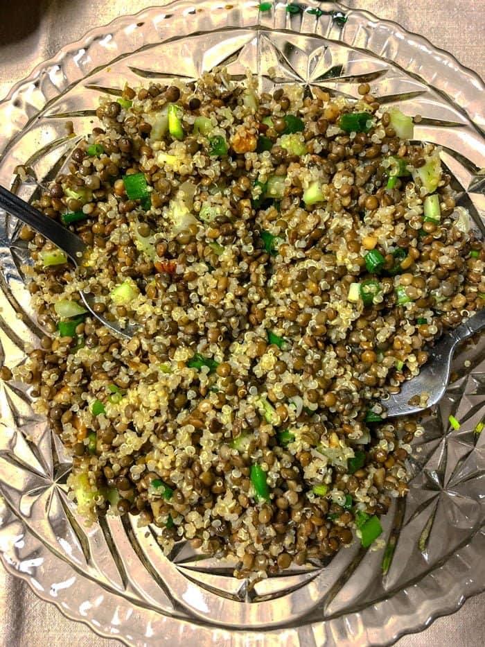 Quinoa Lentils Walnuts Salad -close up