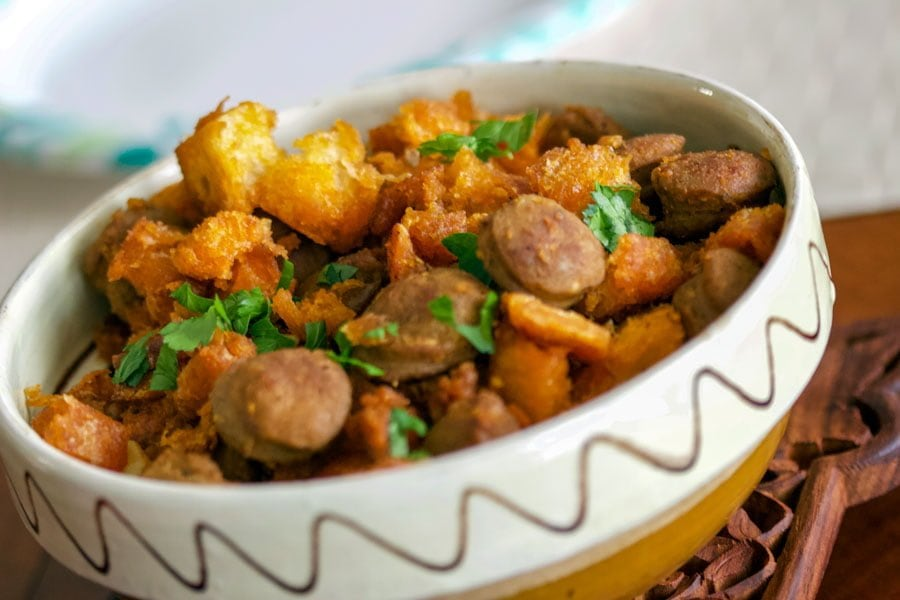 Spanish Migas Con Chorizo-Garlic Pan Fried Bread&Chorizo Sausage is a rustic Spanish dish that uses leftover bread pan fried together with sausage.