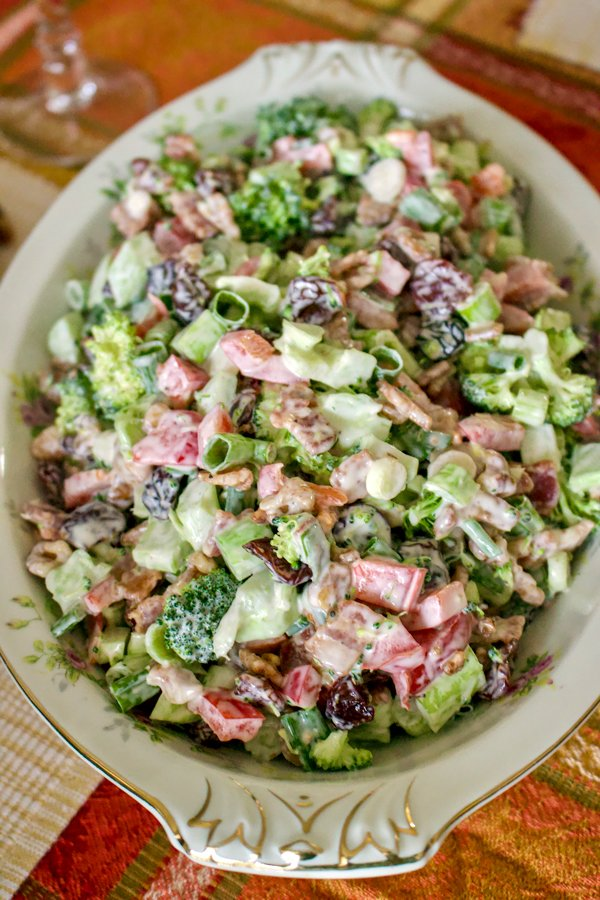 A classic broccoli bacon salad that can be made all year around. It is great for potlucks, as it travels really well. Also a favorite for the holidays, especially Thanksgiving, Christmas or even Easter.