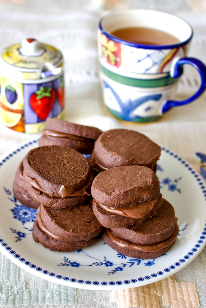 Earl Grey Ganache Chocolate Cookies stacked0