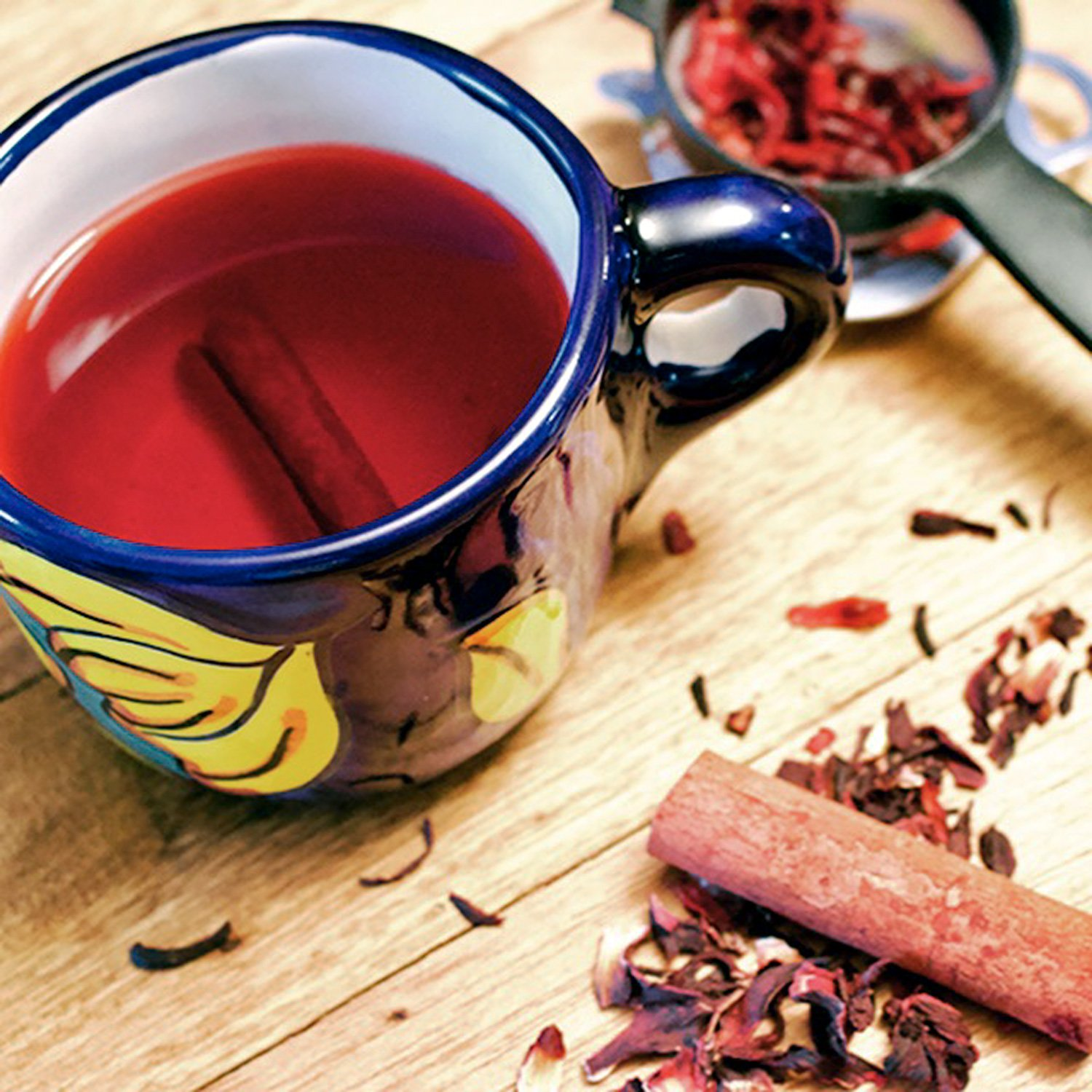 Hibiscus-Cinnamon Tea- Te de Jamaica y Canela- a popular tea that is consumed wildly in Mexico and not only, the famous Hibiscus flower tea, or Jamaica flowers te in Spanish. If you know the Mexican cuisine, you also know that this tea is called Agua De Jamaica.