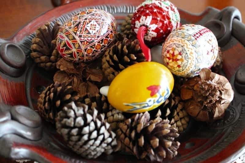 Romanian Easter eggs in a bowl