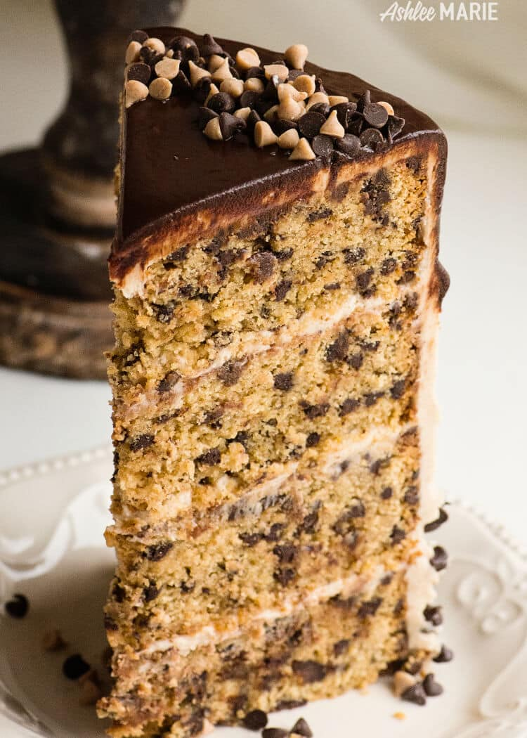 cinnamon chocolate chip cake brown sugar frosting video