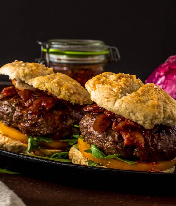 Umami Mushroom Burgers with Bacon Jam / www.beyondmeresustenance.com
