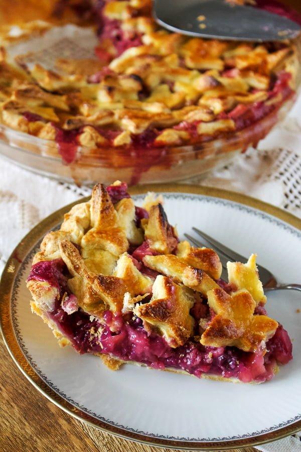 Apple And Berries Pie100