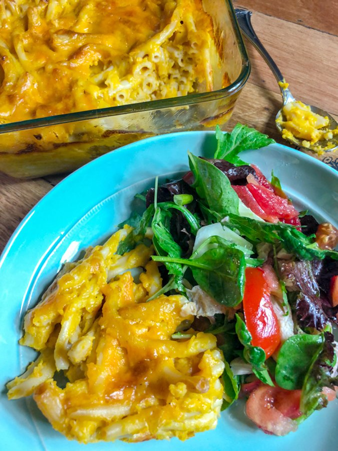 This Easy Pumpkin Mac And Cheese is a homemade recipe that brings the flavors of the fall with the addition of canned pumpkin. Delicious!
