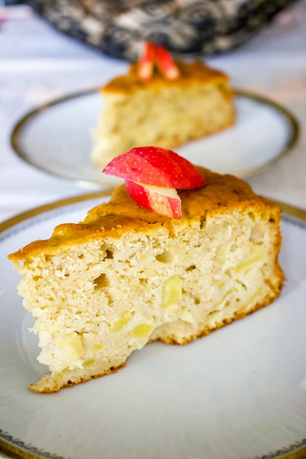 Say hello to this German Riesling Apple Cake. This is an easy, delicious cake that is made with Riesling wine and tart apples. It can also be made for any occasion, including holidays.