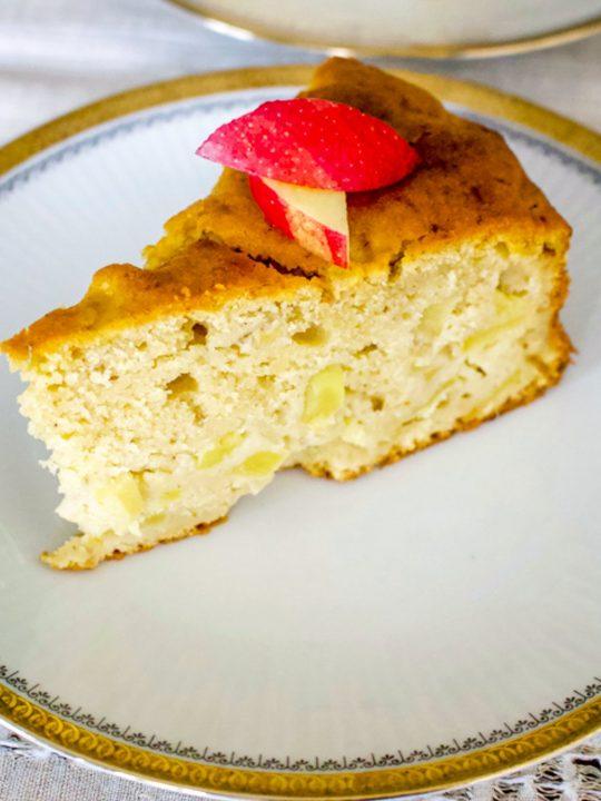 Apple Cake With White Wine99
