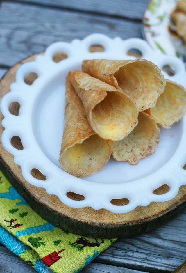 Krumkake recipe: A thin Norwegian cookie. Click through for recipe!
