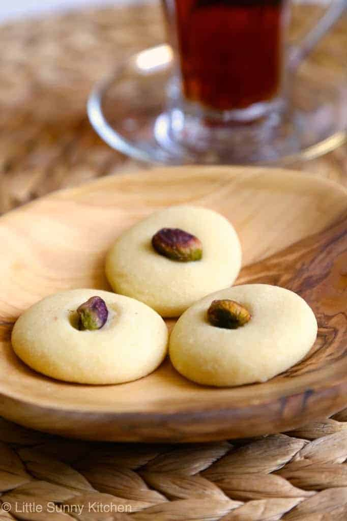 Ghraybeh! Delicious and delicate Middle Eastern cookies that melt in your mouth. Made from butter or ghee, flour, powdered sugar, and pistachios.