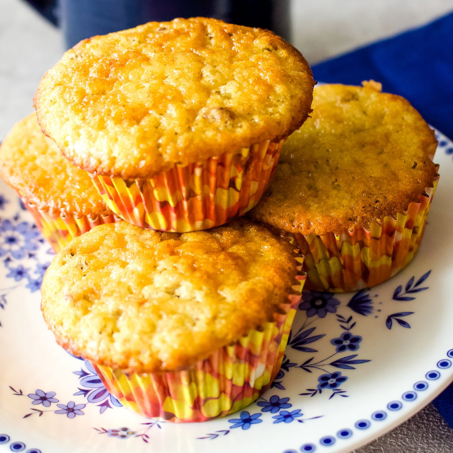 Here you have a no fail easy banana nut muffins recipe that is delicious and perfect for breakfast or as a snack.
