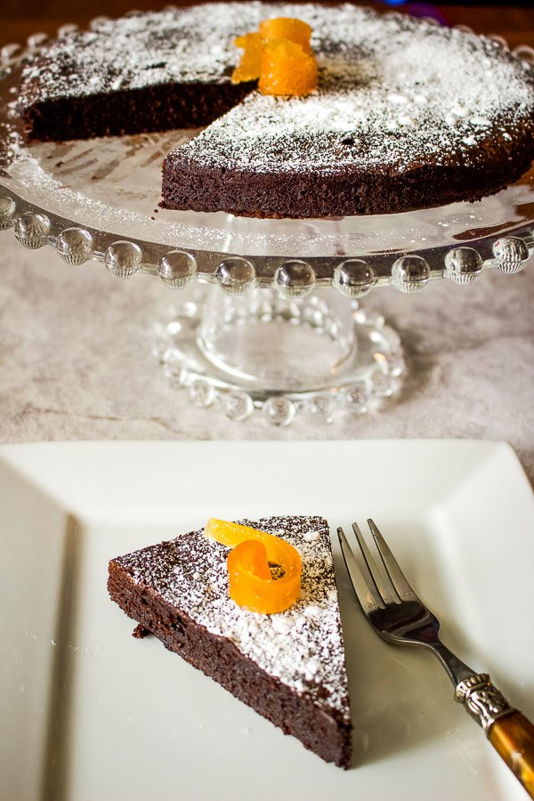 Easy Flourless Chocolate Cake- Gluten Free Recipe- an easy gluten free cake to make in less than an hour. Delicious, easy and ready for fixing a sweet tooth. Using quality ingredients gives you the best results.
