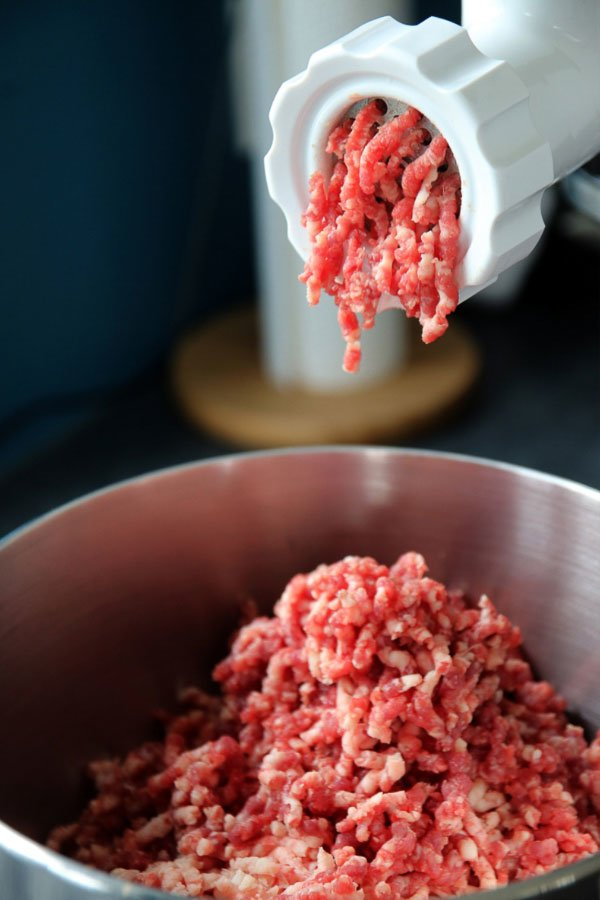 grinding machine with ground beef