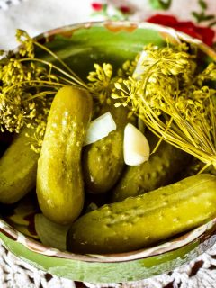 Summer Lacto Fermented Kosher Pickled Cucumbers1717