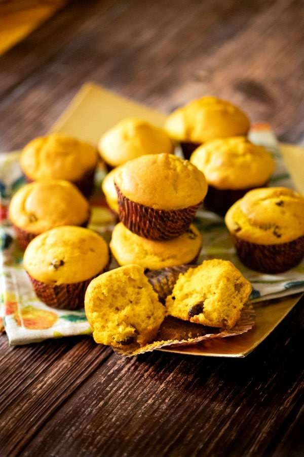 These Easy Pumpkin Muffins are one of these recipes you go back to them over and over again. The muffins are perfect for times when you just want to grab a quick breakfast, or sit down with a cup of coffee and some good butter to spread on them.