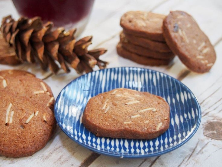 Brunkager (Danish Christmas cookies)